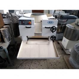 Πλαστική μηχανή - καρβελοποιός μεταχειρισμένη